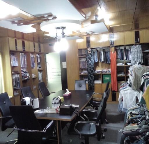 Show Room 02